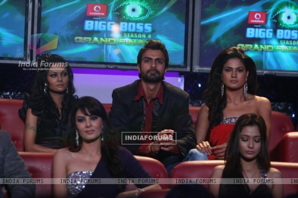 Contestant at Finale of Bigg Boss 4