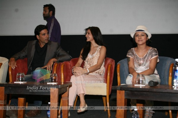 Akshay, Anushka and Hard at Music Release of film 'Patiala House' at whisting woods, film city