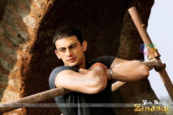 Arunoday Singh in the movie Yeh Saali Zindagi
