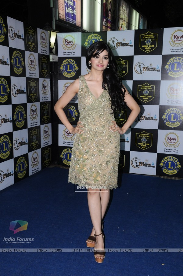 Prachi Desai at 17th Lions Gold Awards