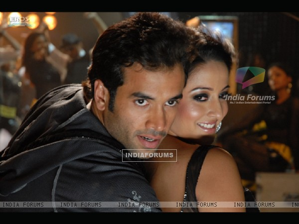 Sweet scene of Tusshar and Raima