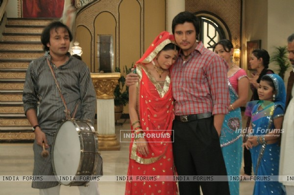 Still scene from tv show Baba Aiso Varr Dhundo