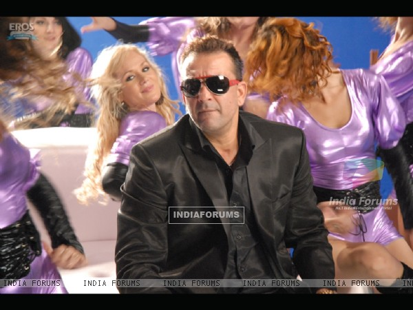 Sanjay Dutt looking smart in black