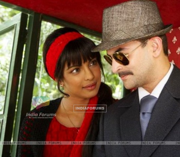 Priyanka Chopra and Neil Nitin Mukesh in the movie 7 Khoon Maaf (117459)