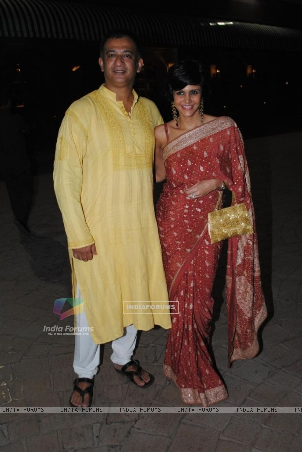 Mandira Bedi at Sameer Soni and Neelam Kothari's wedding ceremony