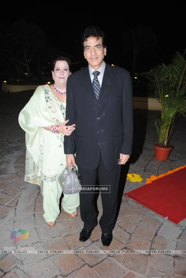 Jeetendra and Shobha Kapoor at Sameer Soni and Neelam Kothari's wedding ceremony