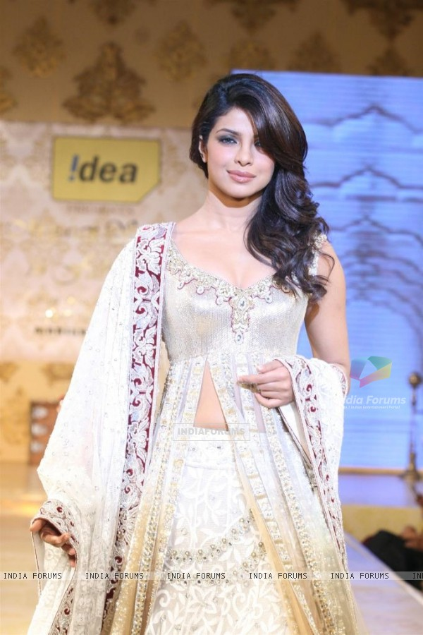 Priyanka Chopra walks the ramp for Shabana Azmi's charity show 'Mizwan'