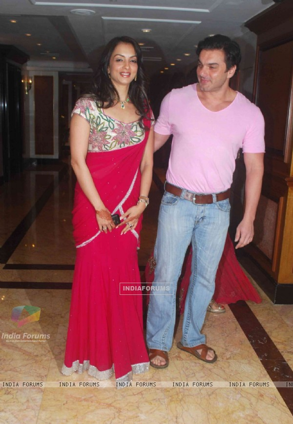 Sohail Khan and his wife in Sameer Soni and Neelam's wedding reception