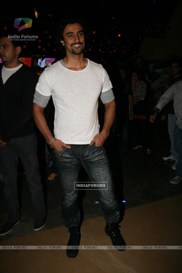 Kunal Kapoor at 'Rang De Basanti' team celebrates its 5th year with special screening (118457)