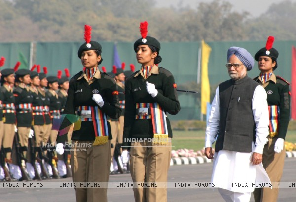 "Prime Minister Dr Manmohan Singh with the NCC cadets at ''PM""s NCC ..."