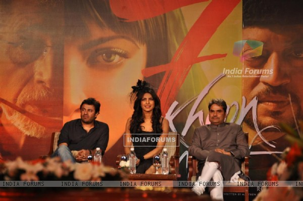 Priyanka Chopra and Vishal Bharadwaj at '7 Khoon Maaf' Press Conference