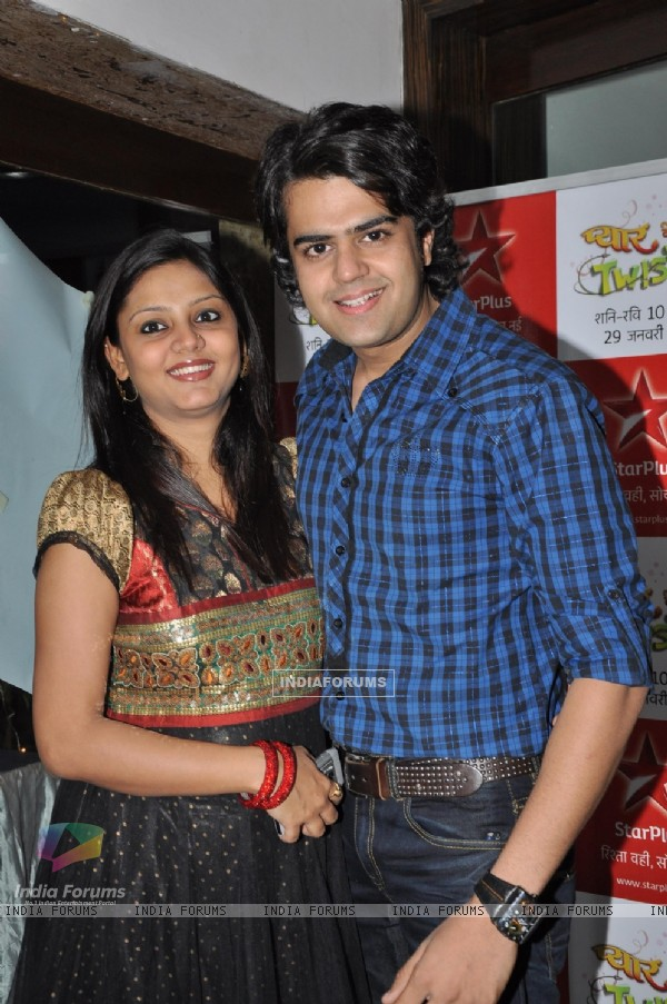 Manish Paul with wife Sanyukta at the launch party of Pyaar Mein Twist