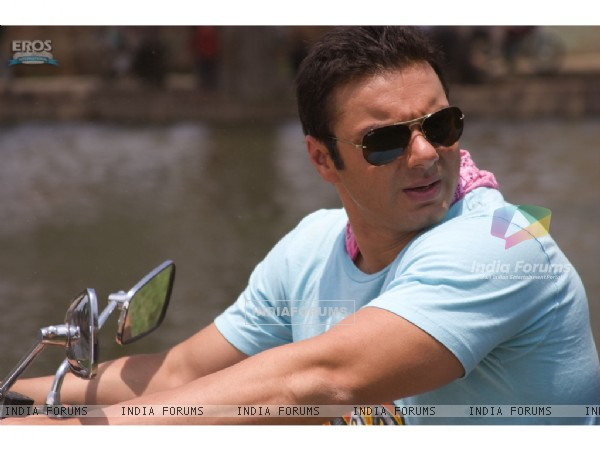 Sohail Khan looking hot