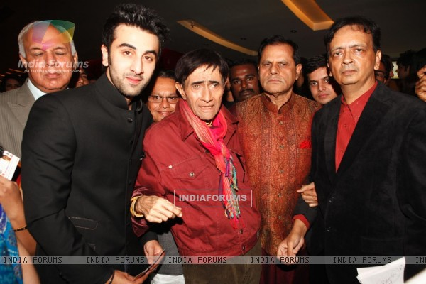 Ranbir Kapoor at Dev Anand�s old classic film �Hum Dono� premiere at Cinemax Versova
