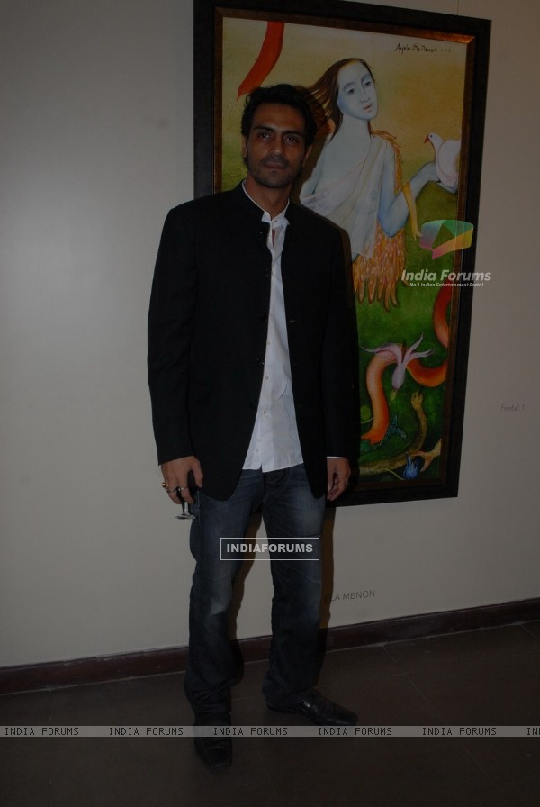 Arjun Rampal at 'Resonance' group show at Art Musings Gallery