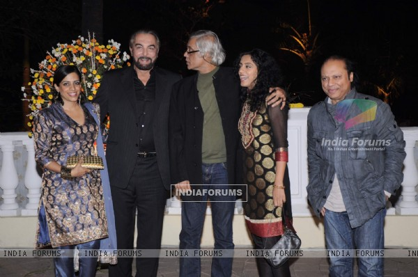 Kabir Bedi and Sudhir Mishra at Imran Khan and Avantika Malik's Wedding Reception Party at Taj Land