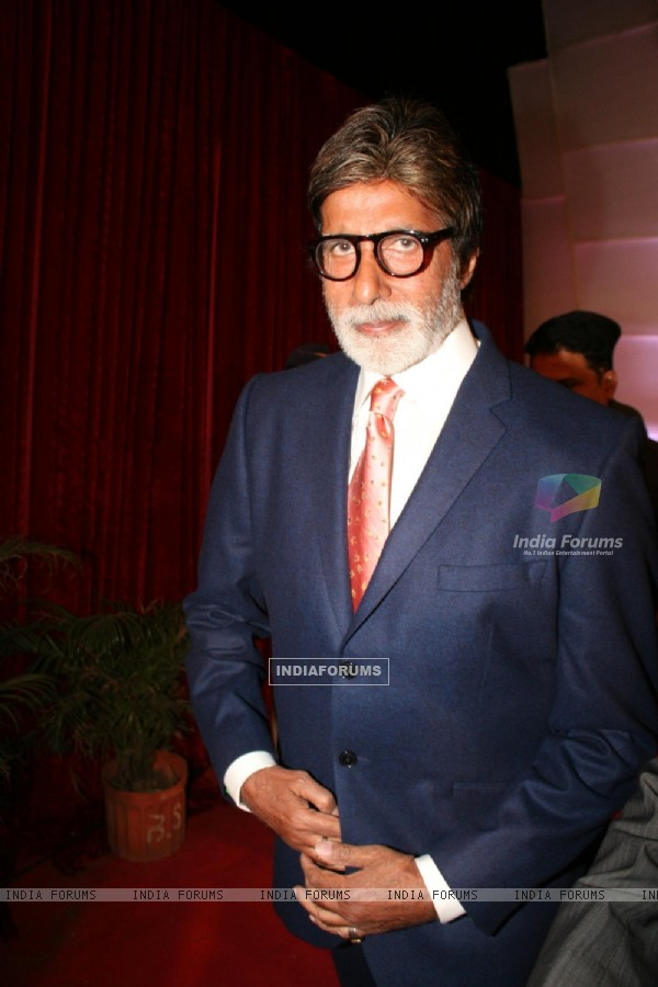 Big B at Stardust Awards-2011