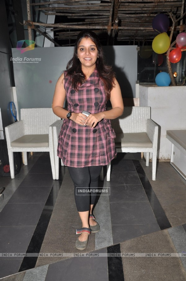 Kshitee Jog at Birthday bash of TV actor Parul Chaudhary, Amboli