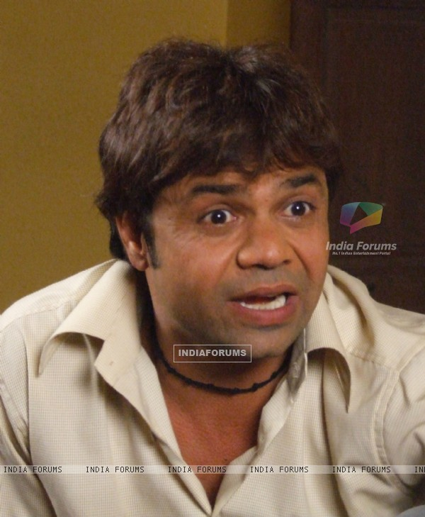 Rajpal Yadav in the movie Masti ExpressMasti Express