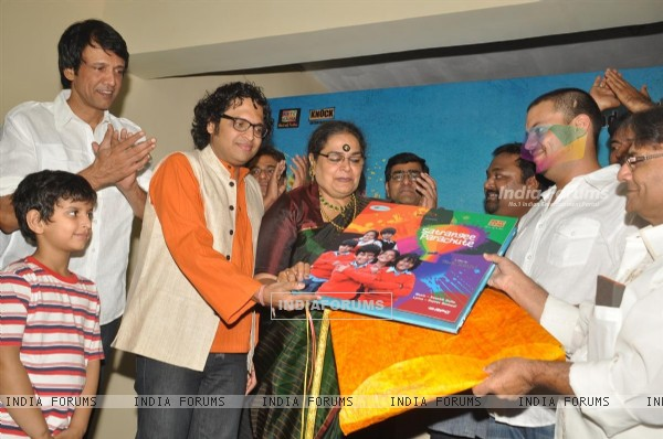 Usha Uthup, Kay Kay at music launch of film''Satrangee Parachute'' in ST Catherine's children home