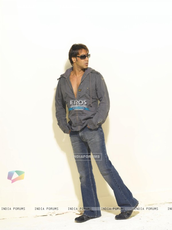Ajay Devgan looking hot