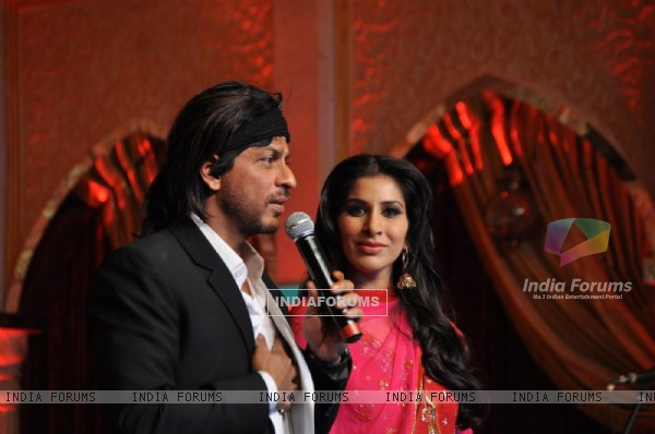 Shah Rukh Khan and Sophie Chowdhary unveils Mughal-e-Azam documentary at JW Marriott, Juhu. .