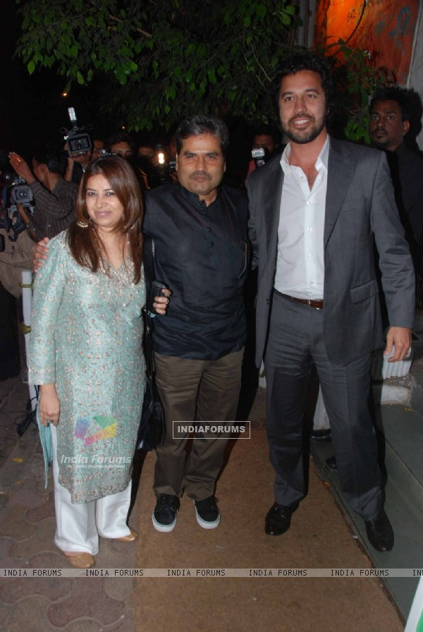 Vishal Bharadwaj at Shahid Kapoor's birthday celebration at Olive, Bandra