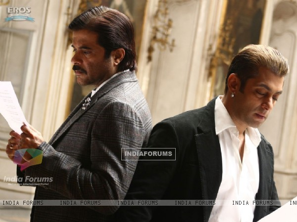 Anil and Salman reading a script