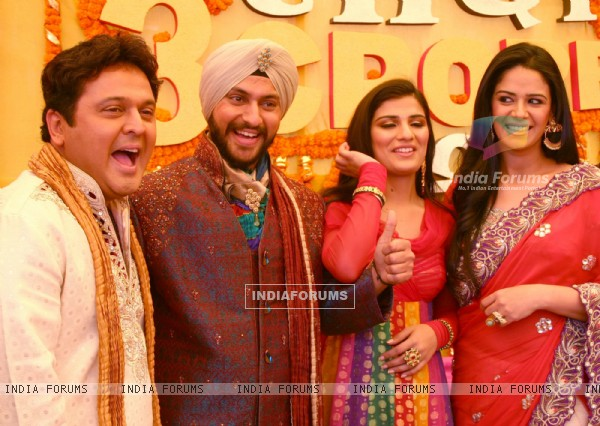 "Imagine TV show ""Shaadi 3 Carore Ki '' host Ali Asgar and Mona Singh in New Delhi on Saturday- IANS Photo by Amlan Paliwal.."
