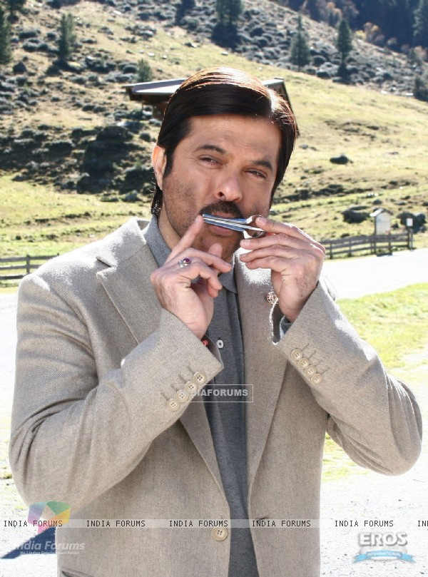 Anil Kapoor looking simple and cute