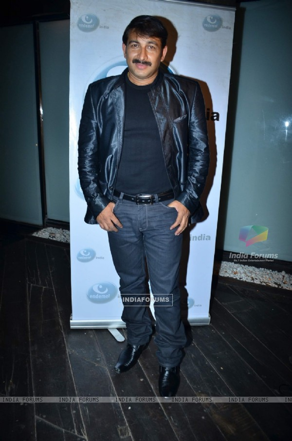Manoj Tiwari at Endemol bash at Vie Lounge. .