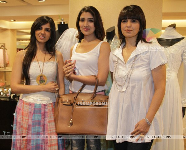 Narmada Ahuja and Nishka Lulla at Neeta Lulla's new collections at AZA showroom