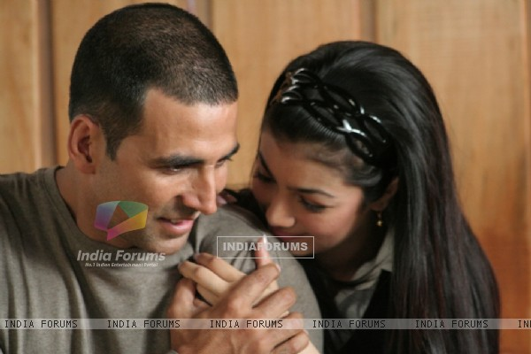Lovable scene of Akshay and Ayesha