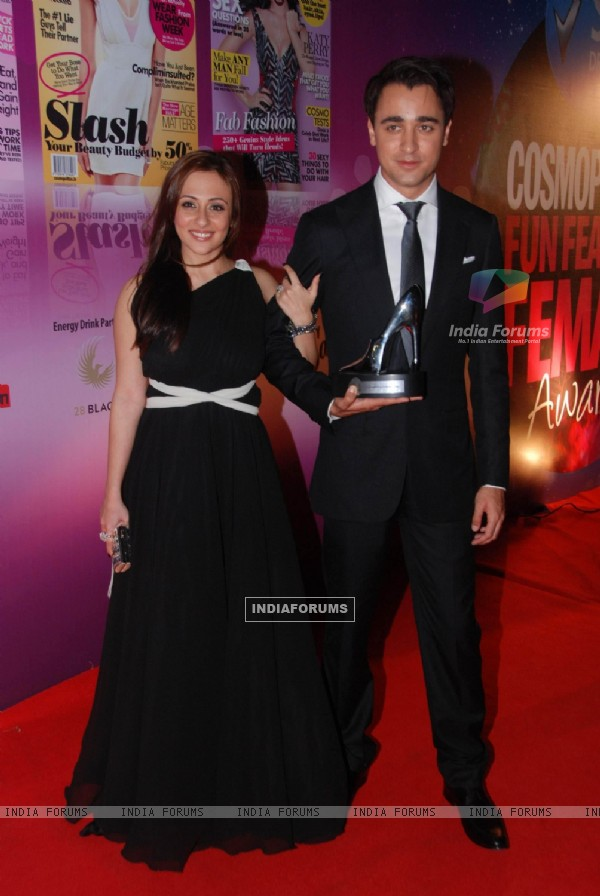 Imran Khan with wife Avantika walked the red carpet at Cosmopolitan Awards. .