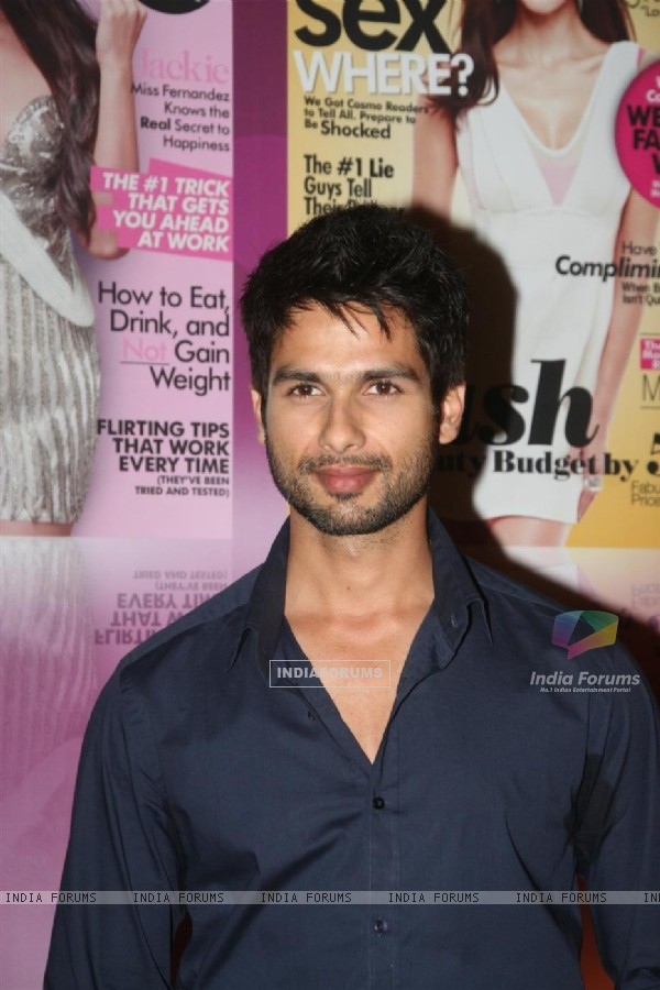 Shahid Kapoor walked the red carpet at Cosmopolitan Awards