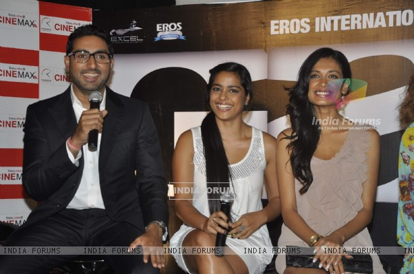 Abhishek Bachchan and Sarah Jane Dias at Game film Press Conference at Cinemax Versova, Mumbai (124784)