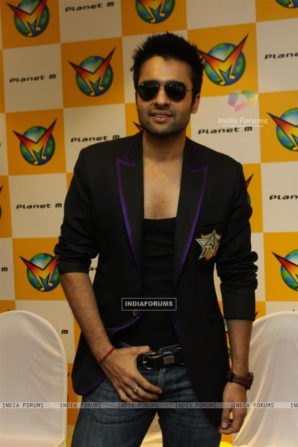Jackky Bhagnani at F.A.L.T.U film music launch at Planet M, Mumbai (124894)