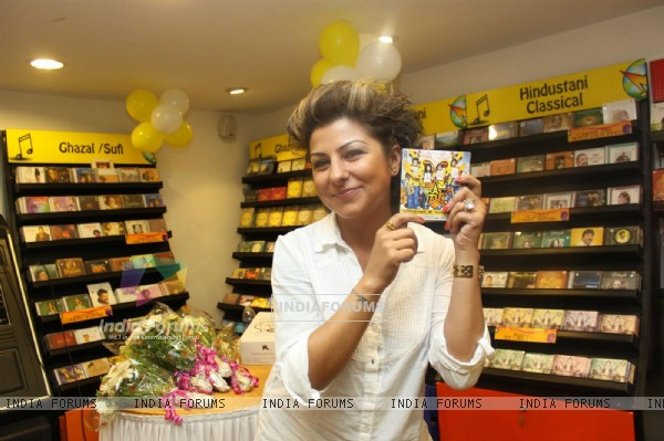 Hard Kaur at F.A.L.T.U film music launch at Planet M, Mumbai