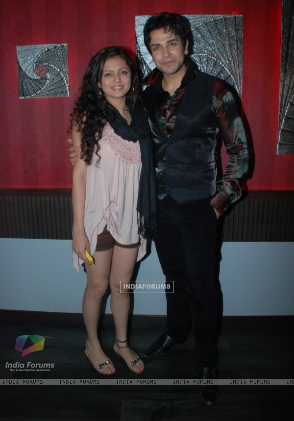 Drashti Dhami at Piyush Sachdev birthday bash -A rocking affair