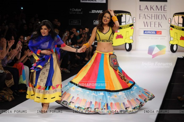 A model displays designer Sabashe by Sabah Khan's creations during the Lakme Fashion Week day 4 in Mumbai. .