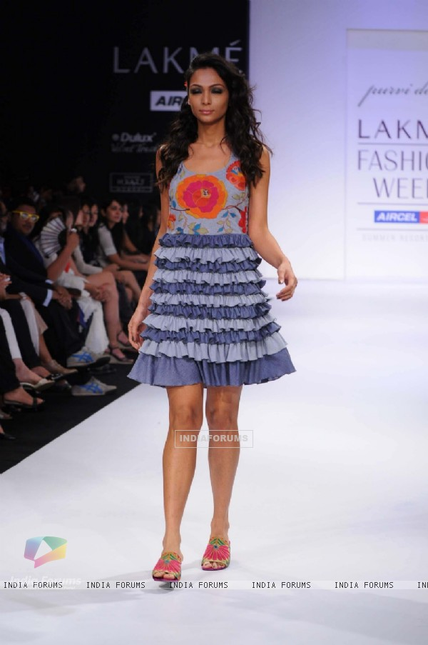 A model displays designer Purvi Doshi's creations during the Lakme Fashion Week day 4 in Mumbai. .