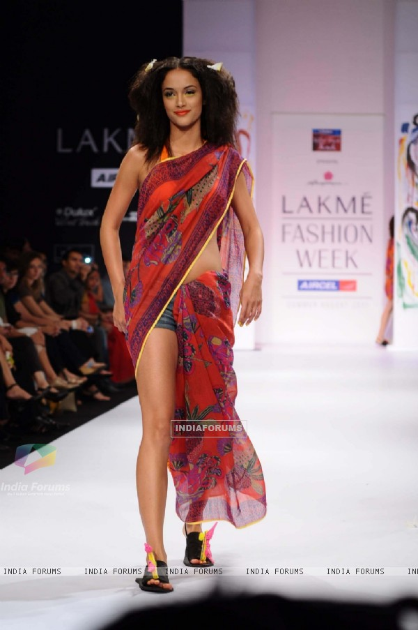 A model displays designer Anupama Daya's creations during the Lakme Fashion Week day 4 in Mumbai. .