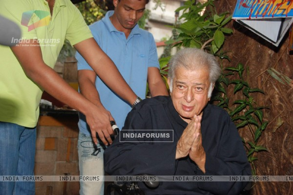 Shashi Kapoor at Rekha Bharadwaj's play premiere show at Prithvi. .