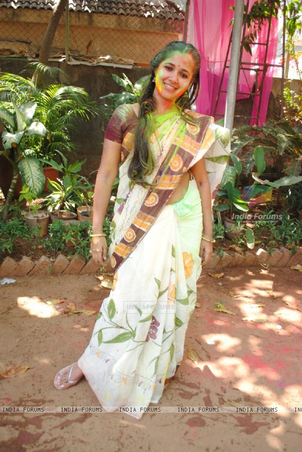Narayani Shastri at Ekta, Sanjay and Kiran Holi Party at Versova