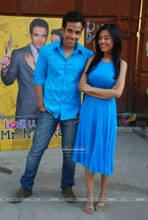 Tusshar Kapoor and Amrita Rao at Love U... Mr. Kalakaar! Promo Shoot in Filmcity (127770)