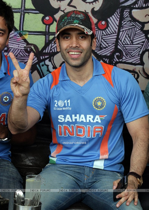 Tusshar Kapoor at E24 Cricket Bash in Andheri