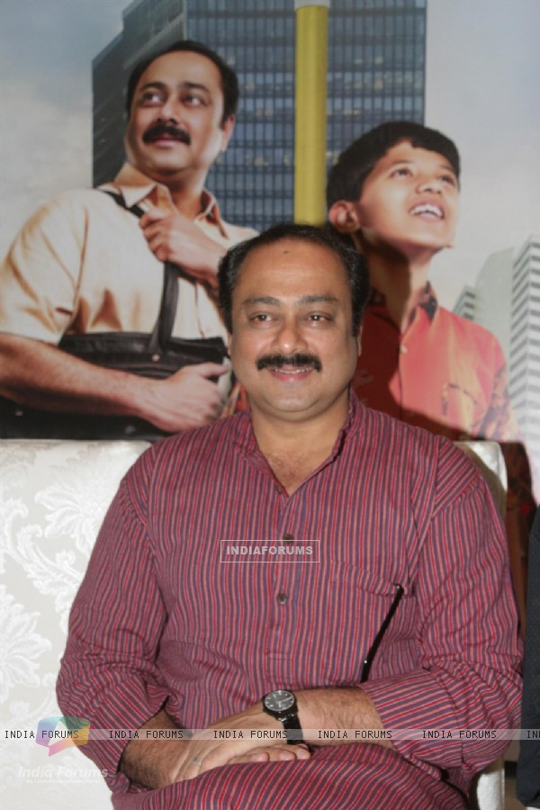 Sachin Khedekar at release of Film 'Taryanche Beth'