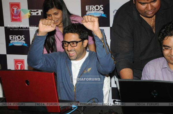Abhishek Bachchan at Zapak.com Game film event at Novotel (128302)