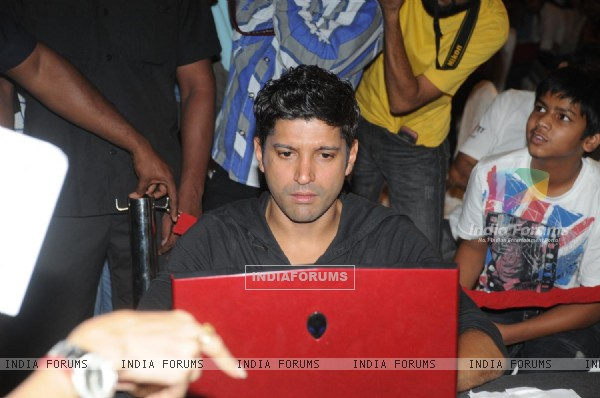 Farhan Akhtar at Zapak.com Game film event at Novotel (128307)