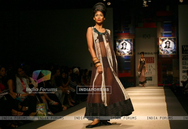 A model showcasing designer Niki Mahajan's creation at the Wills Lifestyle India Fashion Week autumn winter 2011,in New Delhi on Saturday 9 April 2011. .
